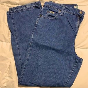 LEE Relaxed Straight Leg Size 12 Short
